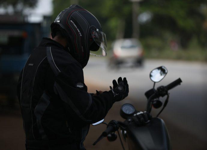 sécurité jeune motard